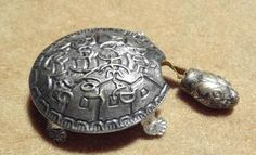 Early Figural Turtle Tape Measure marked 'Pull My Head But Not My Legs'