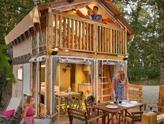 Camping Molino a Fuoco: Boek bij de specialist Holland, Camping Europe, Camping Resort, Travel With Kids, Campsite, Glamping, The Good Place, Gazebo, Tent