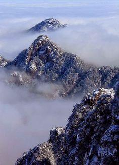 Huangshan Mountain after snowfall