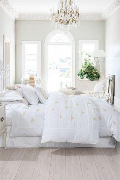 Trelise Cooper at Home - Trelise Cooper Queen Bee Duvet
