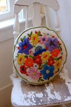 Vintage Embroidered Pillows -- Summer Cottage Collection--Set of Two. $35.00, Mireio @ Etsy