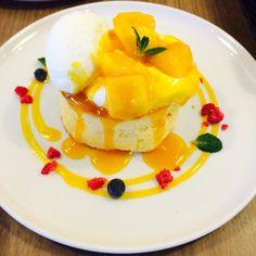 マンゴーパンケーキ**CafeAstiy