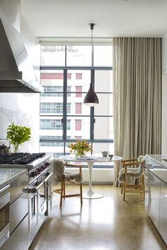 mid century modern design Minimalist Kitchen, Minimalist Bedroom, Minimalist Decor, Minimalist Living, Minimalist Interior, Modern Minimalist, Bedroom Modern, Interior Modern, Trendy Bedroom