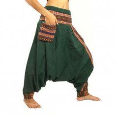 Pantalones bombachos con molduras decorativas