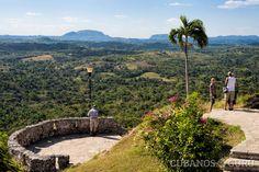 El Valle del Yumurí, es uno de los más hermosos de su tipo en el país. Ubicado en la provincia de Matanzas, al occidente de Cuba.