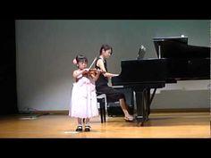 ヴァイオリン発表会 [Hunter's Chorus but not the Suzuki version]—See more of this young violinist #from_nanamikazusi