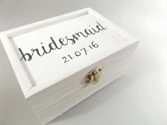 Personalised white distressed box  White wood by MakeMemento