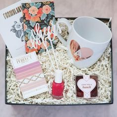 Galentine's Day Luxury Gift Box, Gifts for Best Friends #giftboxes
