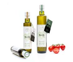 Family Nostalgia Kalamata Extra Virgin Olive oil from Kalamata Peloponnese, Greece. Selected by www.soilandsun.co.uk, FOS Squared, The Finest and most Eclectic food elements, London, UK. Aceite de Oliva Virgen De Grecia-Kalamata