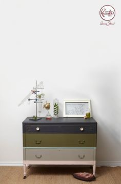 Annie Sloan • Paint & Colour: Jelena Pticek's Striped Chest of Drawers