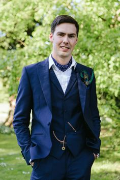 Natural Stylish Summer Tea Party Wedding Cravat Groom Nay Suit http://www.clarewestphotography.com/