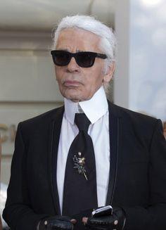 """Karl Lagerfeld Thinks Bernard Arnault Should Invest in Nicolas Ghesquiere""  narrative from blog"