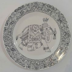Kalamkari Painting, Madhubani Painting, Pichwai Paintings, Indian Art Paintings, Marble Painting, Marble Art, Hand Embroidery Design Patterns, Indian Embroidery Designs, Jewelry Design Drawing