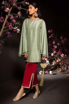 Simple Pakistani Dresses, Pakistani Fashion Casual, Pakistani Dress Design, Pakistani Outfits, Indian Fashion, Pakistani Clothing, Filipino Fashion, Muslim Fashion, Stylish Dresses For Girls