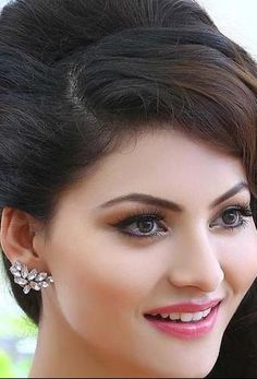 Beautiful Blonde Girl, Beautiful Girl Photo, Beautiful Girl Indian, Most Beautiful Indian Actress, Beautiful Face Images, 10 Most Beautiful Women, Beautiful Women Pictures, Bollywood Actress Hot Photos, Beautiful Bollywood Actress