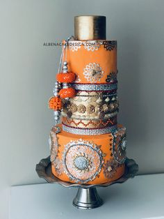 Albena's wedding cakes are unique and intricate works of art. Handmade and each more beautiful than the other. Service in Montreal, Laval, South Shore, West Island, or anywhere you need. Unique Wedding Cakes, Unique Weddings, Montreal Quebec, Incredible India, Custom Cakes, The Incredibles, Indian, Inspired, Elegant