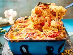 Our popular recipe for couscous-caprese casserole and more than other free recipes on LECKER. Our popular recipe for couscous-caprese casserole and more than other free recipes on LECKER. Gourmet Sandwiches, Chicken Sandwich Recipes, Meat Recipes, Free Recipes, Casserole Dishes, Casserole Recipes, Delicious Desserts, Yummy Food, Couscous Recipes