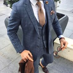 Suit on point By @bilalgucluu  #mensfashion_guide