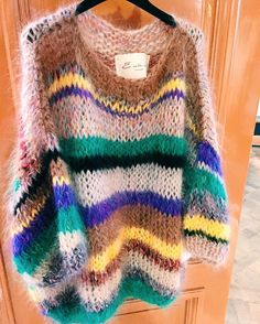 20 Ideas For Clothes Style Cute Sweaters Knit Fashion, Fashion Outfits, Pull Mohair, Mohair Sweater, Cute Sweaters, Pulls, Hand Knitting, Knitwear, Knitting Patterns