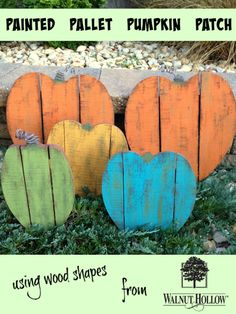 DIY Painted Pallet Wood Pumpkin Patch using wood shapes from Walnut Hollow