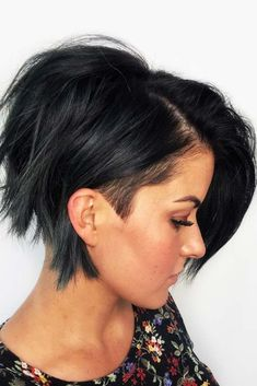 30 Best Short Haircuts for Women - Hair - Hair Styles Latest Short Haircuts, Short Shag Haircuts, Short Hairstyles For Thick Hair, Hairstyles With Bangs, Curly Hair Styles, Shaggy Hairstyles, Short Hair With Undercut, Cool Haircuts For Women, Bob Haircuts
