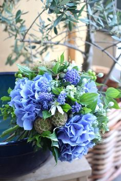 Raindrops and Roses Beautiful Flower Arrangements, Floral Arrangements, Green Flowers, Beautiful Flowers, Wedding Bouquets, Wedding Flowers, Raindrops And Roses, Blue Bouquet, Table Flowers