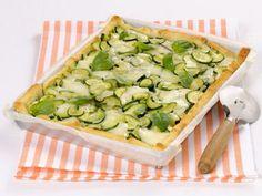 pizza-di-pane-con-zucchine-e-cipollotti
