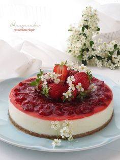 Cheesecake al cioccolato bianco e fragole - Deliziosa Virtù