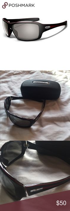 Like new! Revo Waypoint Polarized Sunglasses $100 Like new! Revo Waypoint Polarized Sunglasses for men or women- Color: black/brick red/ graphite lens- Style: Waypoint - RE2044-03 125- Comes with Revo hard case. Bought brand new for $100! Revo Accessories Sunglasses