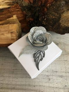 Items similar to Favour Boxes with Silver Glitter Flower on Etsy Favour Boxes, Glitter Flowers, Handmade Wedding, Silver Glitter, Big Day, Favors, Sweet Treats, Wedding Decorations, Sparkle