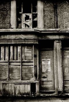 Photographer John Claridge took pictures in the East End between 1960 and 1987. MASS X-RAY2 E.-14-66