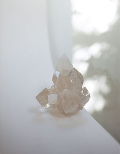 """Photography by Takashi Homma for Cosmic Wonder Light Source Publication """" Harmonic Edition """" Crystal Magic, Crystal Grid, Crystal Healing, Crystal Skull, Crystal Cluster, Crystals And Gemstones, Stones And Crystals, Gem Stones, Rocks And Gems"""