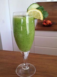 Kiwi and lemon fresh drink Diet Drinks, Smoothie Drinks, Fruit Smoothies, Healthy Smoothies, Smoothie Detox, Smoothie Diet Plans, Gelato, Nutella, Diet Recipes