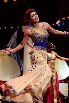 Tampa Bay Fl ~ Not only is she absolutely stunning, but Priyanka is an amazingly talented artist all around, @ #IIFA 2014
