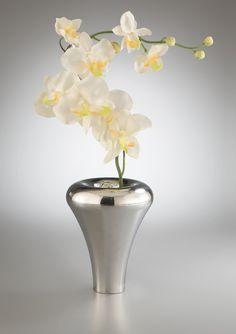 Nambe, Classic vase