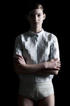 Isometric fold blouse