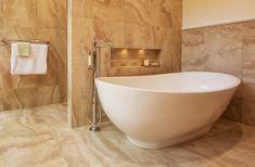Slipper bathtub Tyrrell & Laing Tampa, Fl
