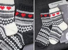 Kerroinkin aiemmin , että tein heinäkuun hääparille osaksi häälahjaa kirjoneulevillasukat. Keskenään melkein samanlaiset, mutta käänteisin ... Diy Crochet And Knitting, Crochet Socks, Knitting Stitches, Knitting Socks, Hand Knitting, Knitting Patterns, Marimekko Fabric, Stocking Tights, Wool Socks