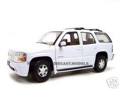 2001 Gmc Yukon Denali Diecast Model White 1/18 Die Cast Car By Welly