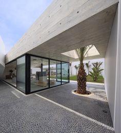 Gallery of Paracas House / Llosa Cortegana - 1