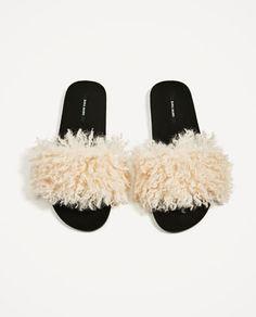 Resultado de imagem para faux fur slides