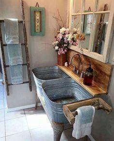 Decoração rústica, super charmosa e no melhor estilo Diy. Adorei!! #decoracão #diy #lavabo #escada #janela #blogpensologodivido
