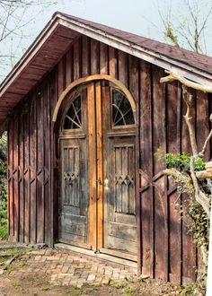salvage construction shed // @countryliving
