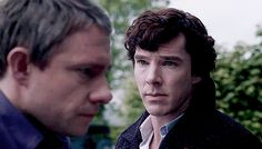 BOOM! Puppy dog eyes.   Community Post: Benedict Cumberbatch VS Louis Tomlinson (SASS MATCH)