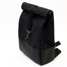 Hammarhead Industries' heavy duty backpack meant for motorcycle commuting