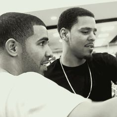 Image discovered by ✩✦ Shainelle ✦✩. Find images and videos about cute, gif and rapper on We Heart It - the app to get lost in what you love. J Cole And Drake, Drake Drizzy, Drake Graham, Aubrey Drake, Bryson Tiller, How To Get Rich, Find Image, We Heart It, First Love