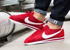 Nike Cortez Nylon: Red