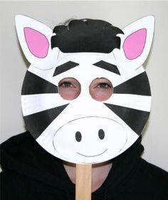 Maschera da zebra con piatti carta