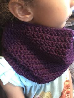 Check out this free crochet pattern and video tutorial for this adorable neck warmer. It is the perfect alternative to a scarf, especially for kids!! No more worry about scarves coming home dirty and wet or just not serving the purpose it's meant to. This east, no mess, no fuss neck warmer will solve all those problems while keeping you warm and cozy!!