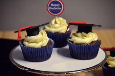 Saras Cupcakery: Zum Abschluss nur das Beste! {Happy Bachelor Cupcakes}